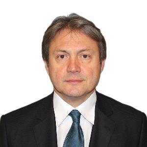 Д-р Петър Велев
